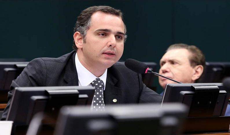 Presidente da CCJ rejeita pedido da base aliada para interrogar Fachin