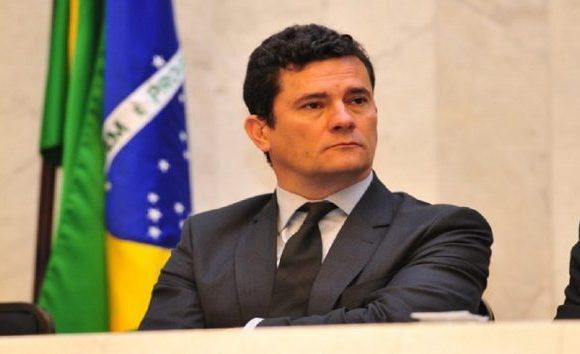 CNJ intima Moro e desembargadores sobre decisões na soltura de Lula