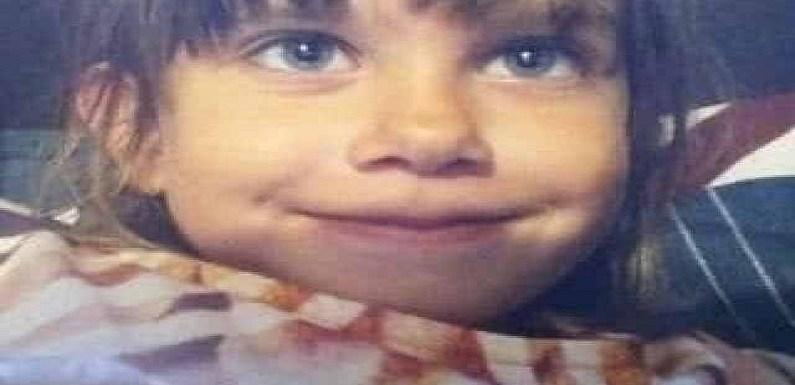Jovem mata criança para se certificar de que ela não era um robô