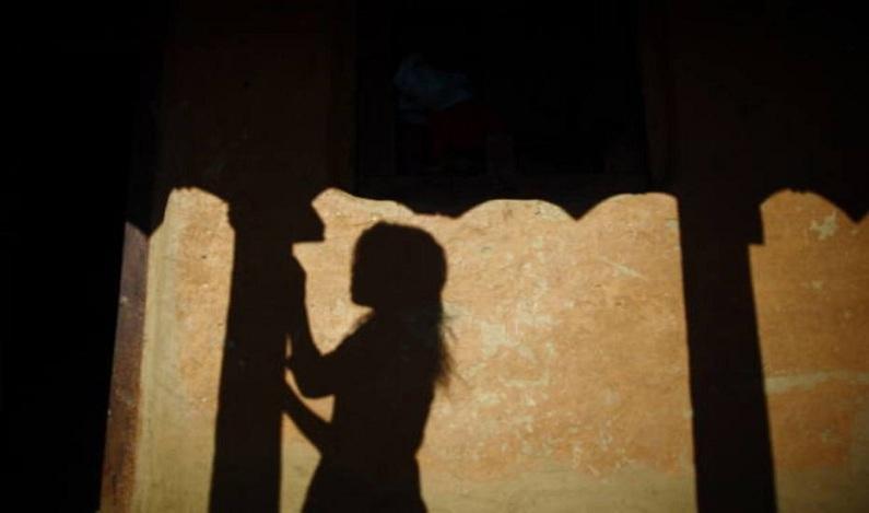 Tribunal indiano nega pedido de aborto a menina de 10 anos que foi estuprada
