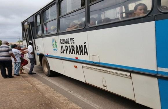 Projeto reduz de 65 para 60 anos a gratuidade do transporte público em Ji-Paraná (RO)