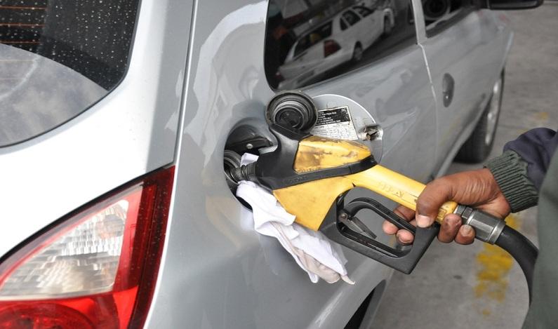 Frentista é preso por clonagem de cartões em posto de gasolina do DF