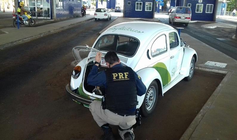 Fusca roubado é recuperado pela polícia 24 anos depois na fronteira em Foz do Iguaçu