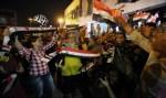 Iraquianos comemoram vitória histórica sobre o Estado Islâmico em Mosul