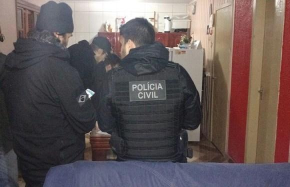 Em operação contra jogo Baleia Azul, jovem de 18 anos é presa em SC