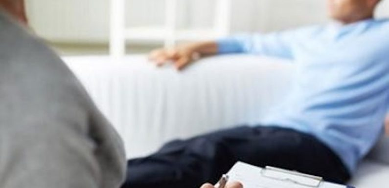 Justiça determina que planos de saúde cubram número ilimitado de sessões de psicoterapia