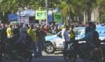 Taxistas protestam contra Uber e confrontam PMs no Rio de Janeiro