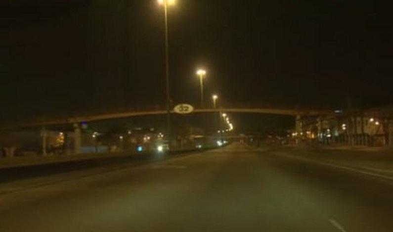 Sem forças armadas à noite, Rio teve, ao menos, 2 caminhões roubados