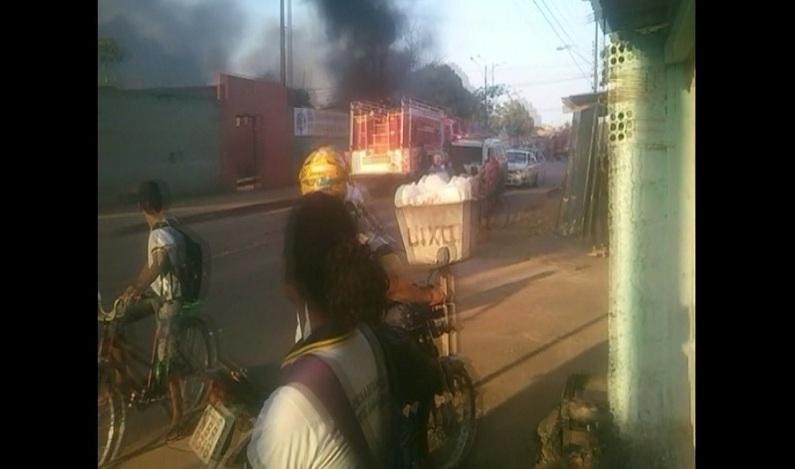 Incêndio destrói seis salas da escola Marcos Freire, em Porto Velho