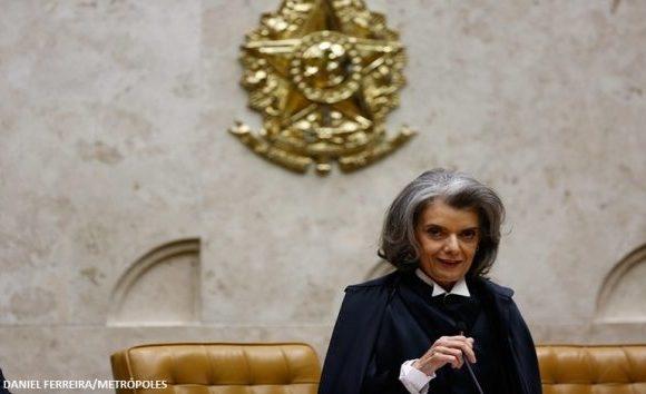 Cármen Lúcia diz que ministros são mais conhecidos que jogadores da Copa