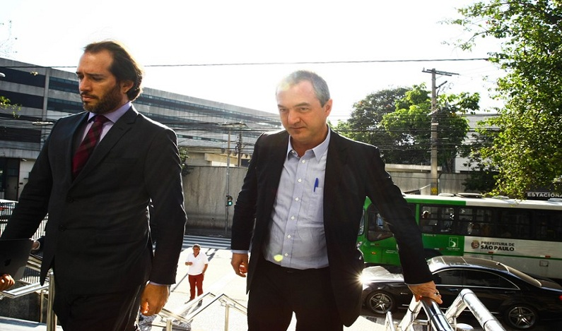 Joesley Batista presta depoimento na PF em São Paulo