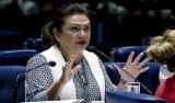 Alvo de pedido de expulsão, Kátia Abreu é suspensa pelo PMDB