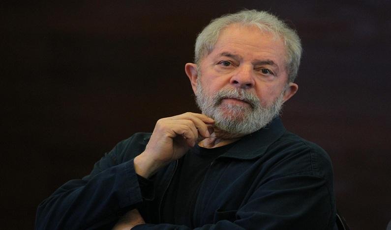 Moro diz que Lula tem 'aposentadoria, lucros e dividendos expressivos'