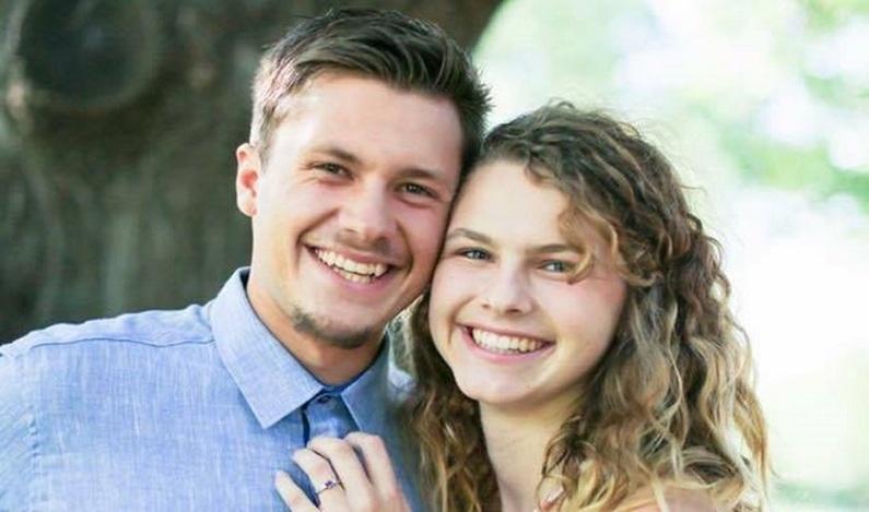 Jovens morrem em acidente de carro um dia após se casarem