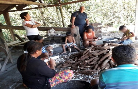 Fiscalização flagra crianças de 5 a 12 anos trabalhando em casas de farinha em Cruzeiro do Sul (AC)