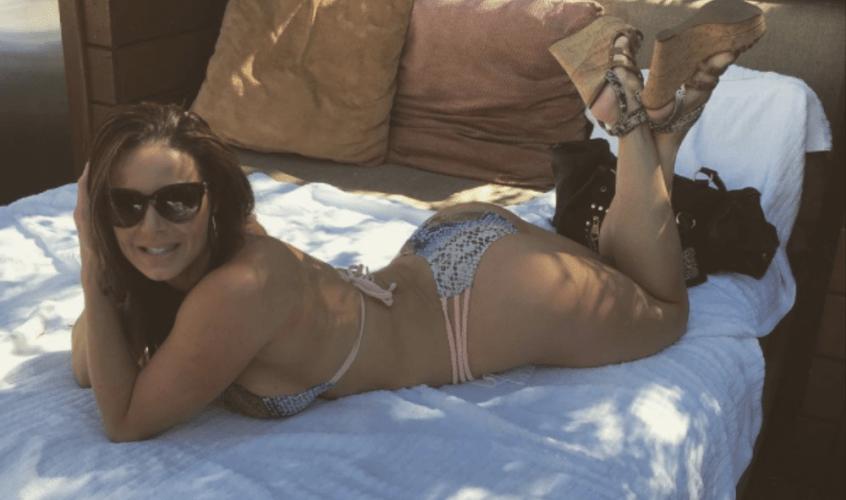 """""""Estou cansada de pessoas que culpam vídeos adultos por seus problemas"""", diz atriz pornô sobre críticos"""