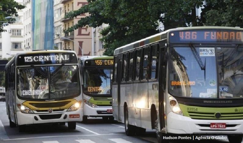 Letreiro com 'Socorro, assalto' pode virar obrigatório em ônibus