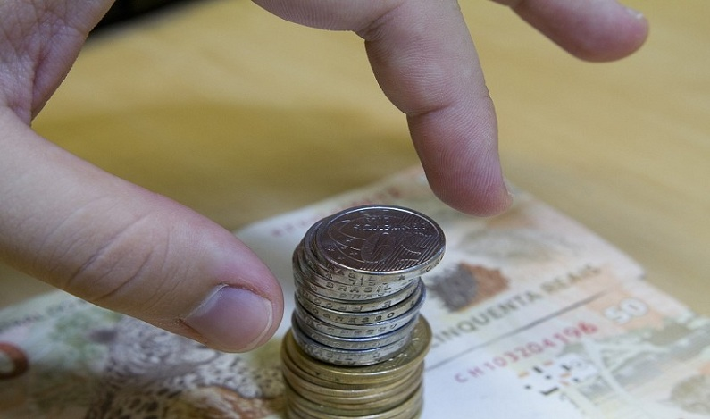 Acordo no STF pode pôr fim à disputa entre poupadores e bancos