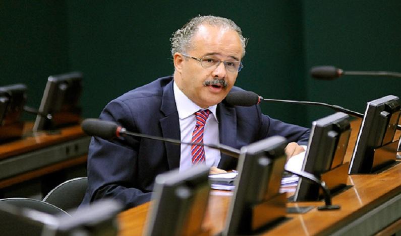 Relator da reforma política critica propostas de seu próprio texto
