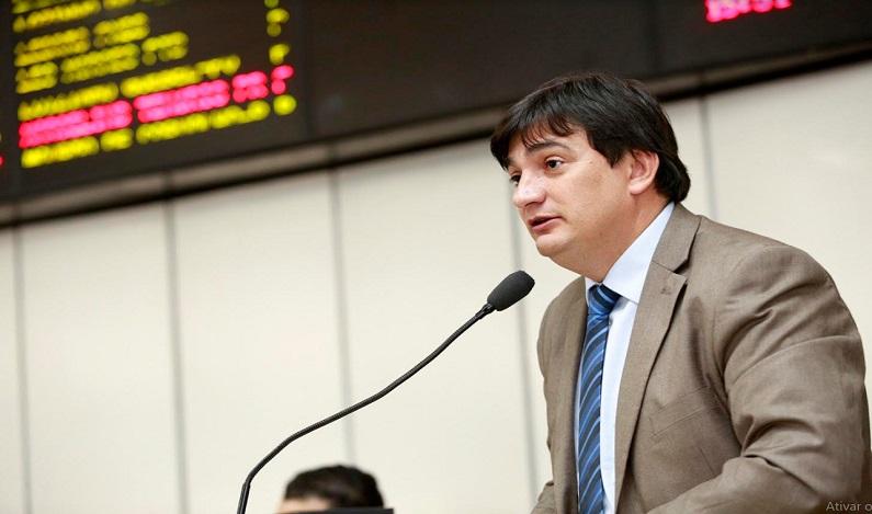 Deputado Cleiton Roque destaca novo comando da Casa Civil do Estado