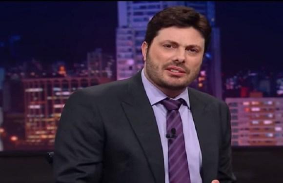 Danilo Gentili perde processo e é condenado a pagar R$ 1 milhão à Band