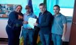 Deputado Edson Martins assina convênio para saúde de Governador Jorge Teixeira