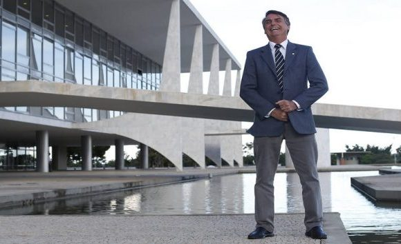 Bolsonaro terá o próprio programa para ser entrevistado apenas por apoiadores