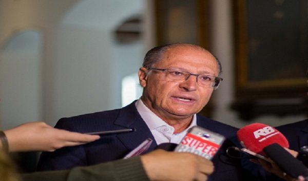 Alckmin pediu que inquérito fosse tirado de promotor, diz MP-SP