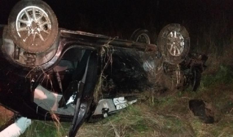 Mãe morre em grave acidente e filho de 5 anos pede ajuda em rodovia