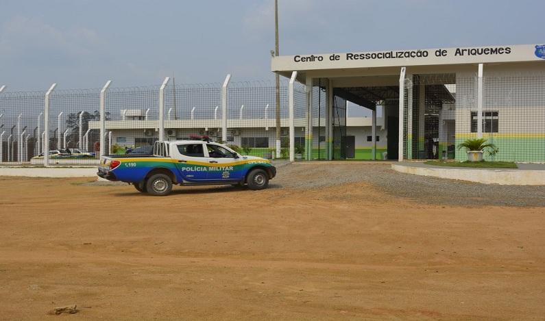 Polícia investiga se há facilitação em fugas de presos no presídio de Ariquemes (RO)