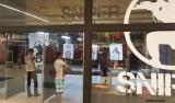 Loja em Pernambuco usa imagens de petistas em tiro ao alvo