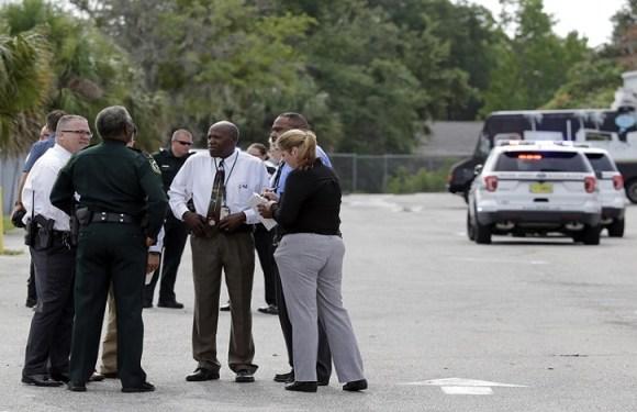 Tiroteio em igreja dos EUA deixa um morto e oito feridos
