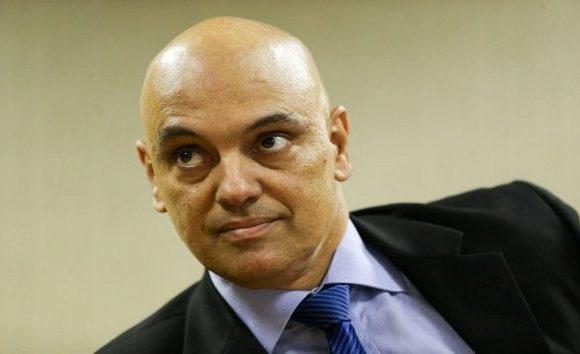 Defesa de Lula pede que Alexandre de Moraes deixe relatoria de recurso