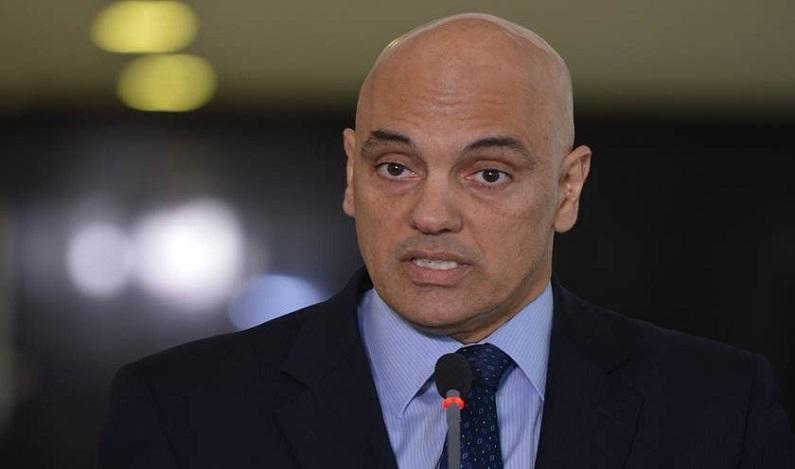 Alexandre de Moraes alerta sobre 'fake news' nas eleições