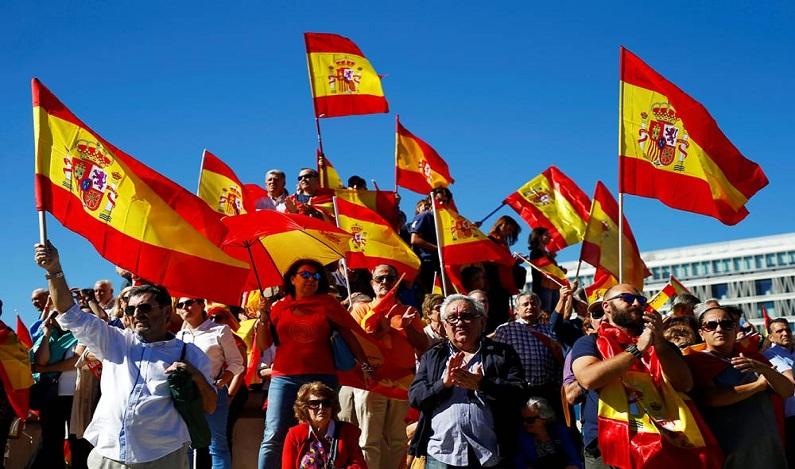 Governo espanhol dá ultimato contra independência da Catalunha