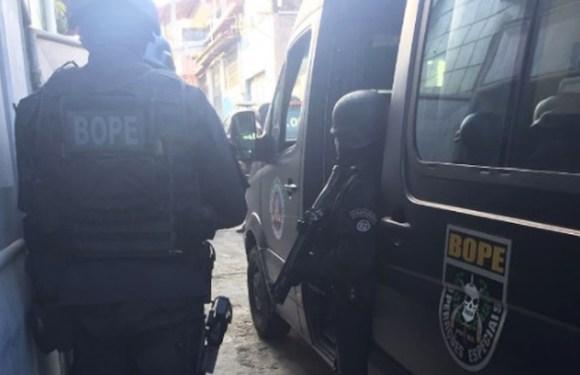 Marido de policial tem surto, se tranca com arma e se rende após oito horas de negociação com Bope