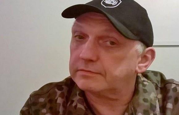 Líder neonazista se declara gay, revela ser judeu e abandona movimento no Reino Unido