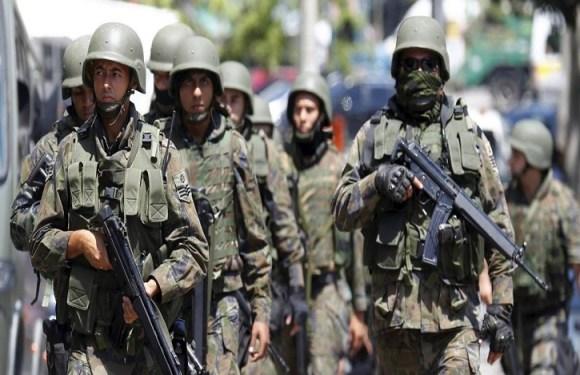 Temer sanciona lei que muda regra para julgar militares em ações de segurança