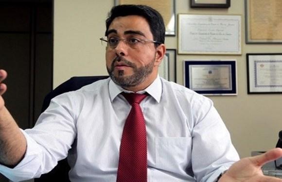 AGU quer que TRF-2 reavalie auxílio-moradia de Bretas