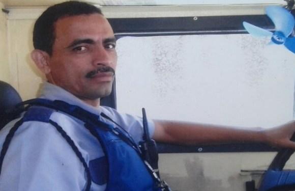 Jovem mata pai de criação no ES e fala para família que escutava vozes, diz polícia