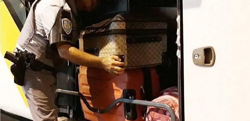 Bolivianos são presos com malas de roupa engomada com cocaína