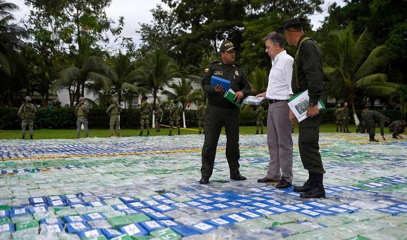 Colômbia anuncia a maior apreensão de cocaína de sua história