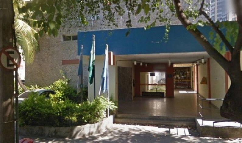 Estudante de psicologia é preso ao tentar estuprar colega de apartamento, no RJ
