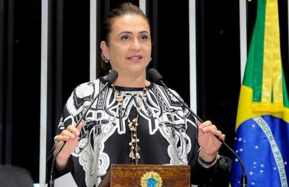 Kátia Abreu: cúpula do PMDB envergonha o país