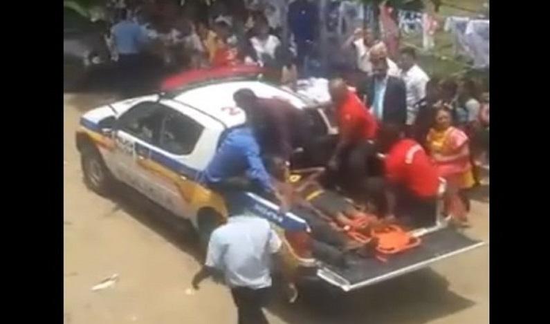 Estrutura de ponte cede em evento religioso e deixa 30 feridos em MG; vídeo