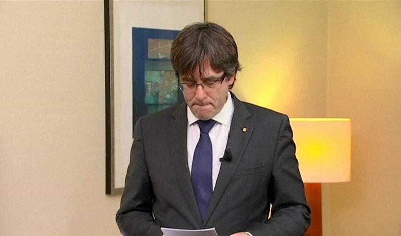 Espanha emite mandado de prisão para presidente destituído da Catalunha