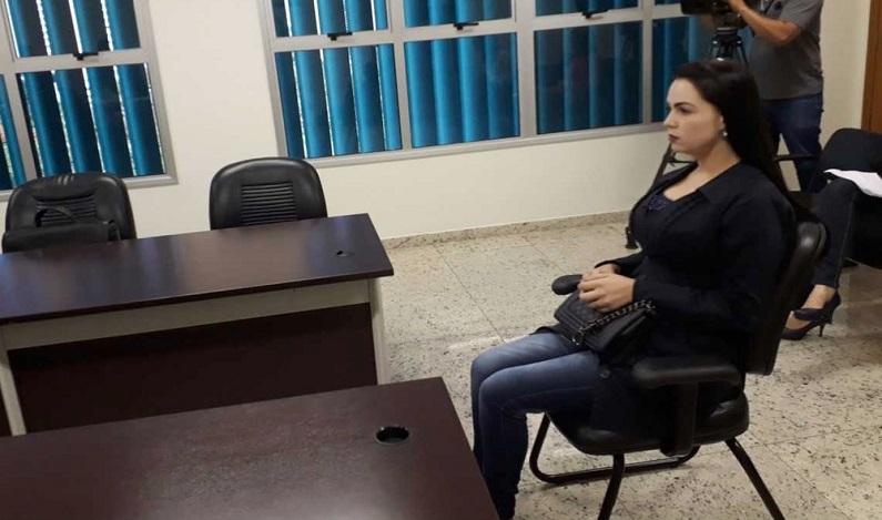 Falsa biomédica diz em audiência que se sente parcialmente culpada por morte de mulher que aumentou bumbum