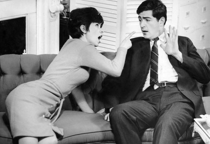 A ideia de que os casais devem discutir a relação é um mito, revela pesquisador