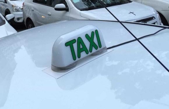 Idosa de 74 anos é agredida por taxista após dizer que Uber é melhor