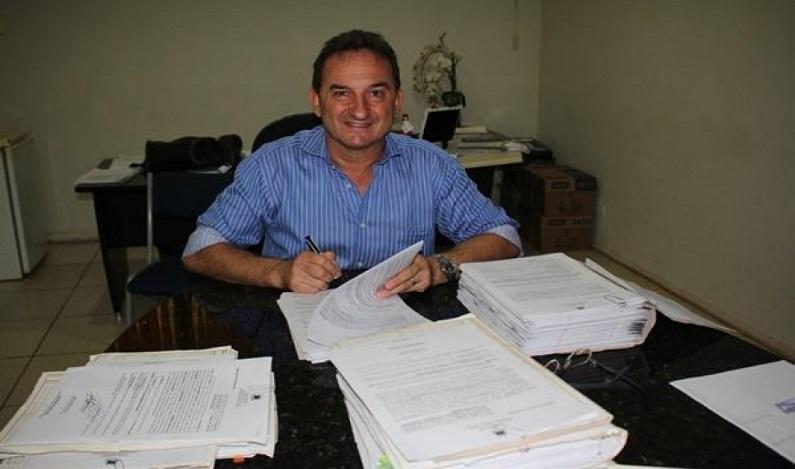 """Prefeito determina """"feriadão"""" de 13 dias no fim de ano, em Rolim de Moura"""